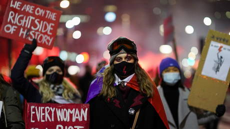 Belgium pledges €10k to fund abortions abroad for women in Poland unable to access terminations after near-total ban