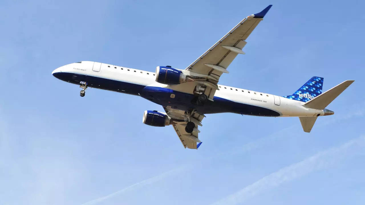 JetBlue to buy sustainable jet fuel for over $1 billion