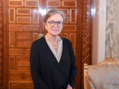 Tunisia: President names female prime minister amid turmoil